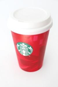 Starbucks-Holiday-Red-Cup-Christmas-Lights-DIY-1